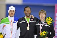 SCHAATSEN: CALGARY: Olympic Oval, 09-11-2013, Essent ISU World Cup, podium 1000m, Kjeld Nuis (NED), Shani Davis (USA), Brian Hansen (USA), ©foto Martin de Jong