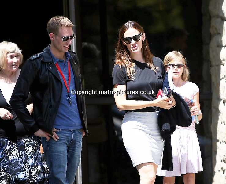 NON EXCLUSIVE PICTURE: MATRIXPICTURES.CO.UK<br /> PLEASE CREDIT ALL USES<br /> <br /> UK &amp; AUSTRALIAN RIGHTS ONLY<br /> <br /> American actress Jennifer Garner is spotted attending church with her children Samuel, Seraphina and Violet in the Pacific Palisades, Los Angeles.<br /> <br /> AUGUST 7th 2016<br /> <br /> REF: MXP 162610<br /> <br /> WCN20160808AG5P9928