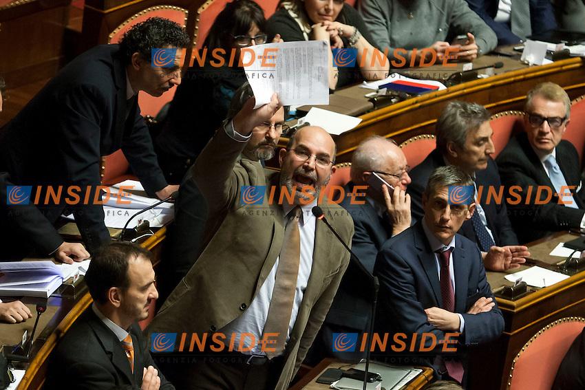 Rocco Crimi arrabbiato durante il suo intervento<br /> Roma 27-01-2015 Senato. Voto finale sulla riforma della legge elettorale, Italicum.<br /> Photo Samantha Zucchi Insidefoto