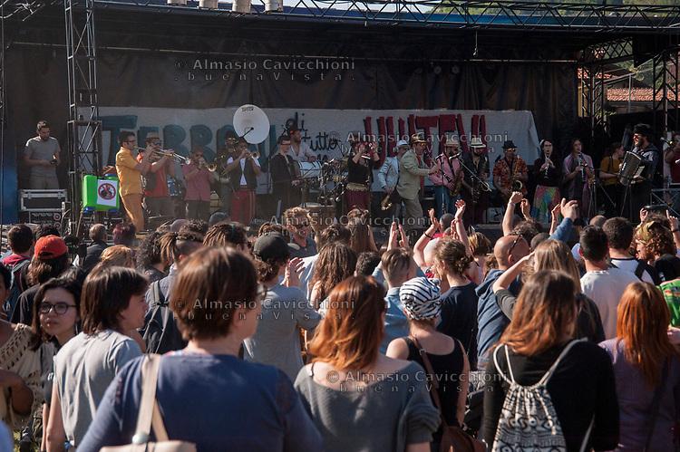 Pontida (Bergamo), 22 apr 2017, Festival antirazzista, migrante e terrone. <br /> Pontida (Bergamo), 22 Apr 2017, Anti-racist, migrant and Southern Italian festival.