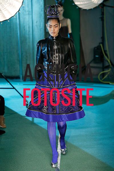 Paris, Franca &ndash; 02/2014 - Desfile de Jean Paul Gaultier durante a Semana de moda de Paris - Inverno 2014.&nbsp;<br /> Foto: FOTOSITE