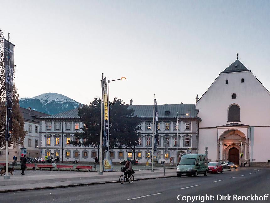 Tiroler Volkskunstmuseum im ehemaligen Franziskanerkloster und Hofkirche (16.Jh.)  in Innsbruck, Tirol, Österreich
