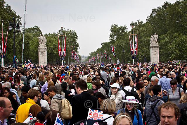 London, 29/04/2011. Hundreds of thousands of people in central London celebrated the Royal Wedding between Prince William and Kate Middleton. These pictures have been taken in Whitehall, the Mall, Trafalgar Square, outside Buckingham Palace, Parliament Square.