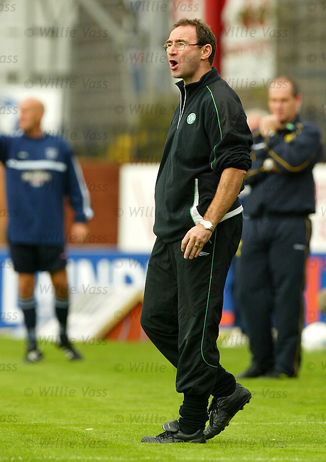 Martin O'Neill, Celtic.Stock season 2003-2004.pic willie vass