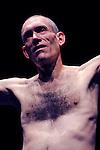 WITNESS....Choregraphie : TOMPKINS Mark..Mise en scene : TOMPKINS Mark..Compagnie : Cie I D A..Decor : BADET Jean Louis..Costumes : BADET Jean Louis..Avec :..TOMPKINS Mark..Lieu : Centre National de la danse..Ville : Pantin..Le : 08 11 2011..© Laurent PAILLIER / photosdedanse.com