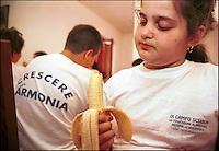 """""""Crescere in Armonia"""" è il progetto dell'ASSL di Atri, provincia i Chieti, per sensibilizzare bambini ed adolescenti sii problemi che sorgono dall'obesità, con una precisa educazione alimentare"""
