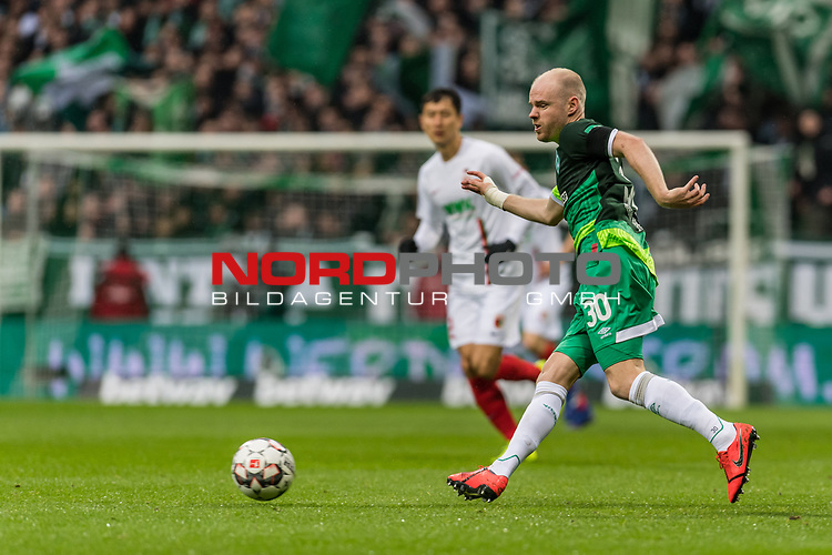 10.02.2019, Weserstadion, Bremen, GER, 1.FBL, Werder Bremen vs FC Augsburg<br /> <br /> DFL REGULATIONS PROHIBIT ANY USE OF PHOTOGRAPHS AS IMAGE SEQUENCES AND/OR QUASI-VIDEO.<br /> <br /> im Bild / picture shows<br /> Davy Klaassen (Werder Bremen #30), <br /> <br /> Foto © nordphoto / Ewert