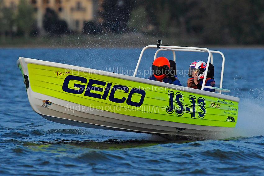 "JS-13 ""Geico/Darby's Rapture""  (Jersey Speed Skiff(s)"