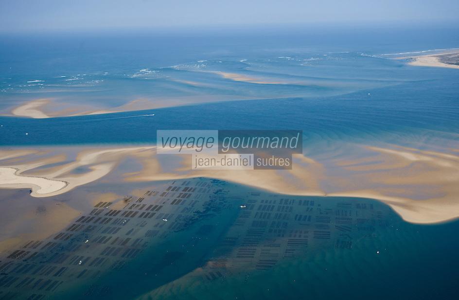 Europe/France/Aquitaine/33/Gironde/Bassin d'Arcachon: le Banc d'Arguin et les parcs à huitres - Vue aérienne