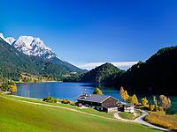 Austria, Tyrol, near Scheffau am Wilden Kaiser: lake Hintersteiner See and Wilder Kaiser mountains   Oesterreich, Tirol, bei Scheffau am Wilden Kaiser: der Hintersteiner See vorm Wilden Kaiser