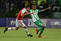 MEDELLÍN - COLOMBIA, 10-02-2018:Jeison Lucumi (Der.) jugador del Atlético Nacional  disputa el balón con José David Moya  (Izq.) del Independiente Santa Fe durante el partido entre el Atlético Nacional   y el Independiente Santa Fe  por la fecha 2 de la Liga Águila II 2018 jugado en el estadio Atanasio Girardot de la ciudad de Medellín. / Jeison Lucumi (R) player of Atletico Nacional  vies for the ball with Jose David Moya  (L) player of Independiente Santa Fe during match between Atletico Nacional   and Independiente Santa Fe for the date 2 of the Aguila League I 2018 played at Atanasio Girardot stadium in Medellin city. Photo: VizzorImage/ León Monsalve / Contribuidor