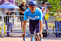 MEDELLIN - COLOMBIA, 15-02-2019: Richard Carapaz (ECU), Movistar team, durante la cuarta etapa del Tour Colombia 2.1 2019 con un recorrido de 144 Km, que se corrió con salida y llegada en el estadio Atanasio Girardot de la ciudad de Medellín. / Richard Carapaz (ECU), Movistar team, during the four stage of 144 km of Tour Colombia 2.1 2019 that ran with start and arrival in Atanasio Girardot stadium in Medellin city.  Photo: VizzorImage / Anderson Bonilla / Cont