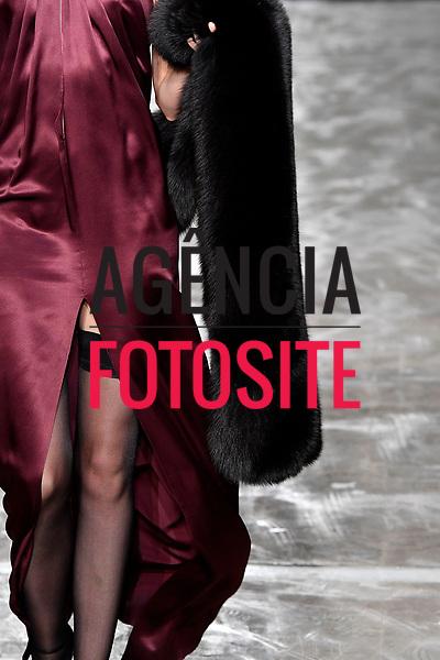 Azzaro<br /> <br /> Paris - Alta Costura - Inverno 2017<br /> <br /> <br /> foto: FOTOSITE