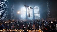 APARECIDA,SP, 12.10.2018 - DIA DE NOSSA SENHORA APARECIDA - Milhares de fiéis acompanham as celebrações do Dia da Padroeira do Brasil no Santuário de Nossa Senhora Aparecida na manhã desta sexta-feira, 12, na cidade de Aparecida, interior de São Paulo. (Foto: Levi Bianco/Brazil Photo Press)
