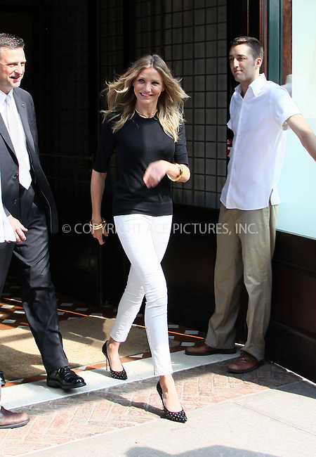WWW.ACEPIXS.COM . . . . .  ....June 21 2011, New York City....Actress Cameron Diaz leaving her downtown hotel on June 21 2011 in New York City....Please byline: CURTIS MEANS - ACE PICTURES.... *** ***..Ace Pictures, Inc:  ..Philip Vaughan (212) 243-8787 or (646) 679 0430..e-mail: info@acepixs.com..web: http://www.acepixs.com