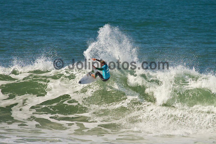 """JEFFREYS BAY, South Africa (Friday, July 15, 2011) - The Billlabong Pro Jeffreys Bay, Event No. 4 of 11 on the 2011 ASP World Title season, was  called ON this morning, with Round 1 commencing in clean three-to-four foot (1 metre) waves at 7:30am.. .""""We've seen a slight increase since yesterday and it's become more consistent so we'll be commencing Round 1 at 7:30am,"""" Rich Porta, ASP International Head Judge said. """"While it's not classic Jeffreys Bay, it's still very contestable and we'll be taking advantage of what's on offer this morning."""" .The opening round of competition was completed with Mick Fanning (AUS) Dusty Payne (USA) Jordy Smith (ZAF) and Joel Parkinson (AUS) the standout heat winners.""""  Photo: joliphotos.com"""