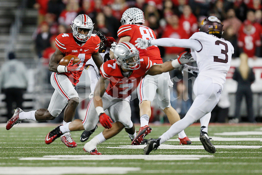 Ohio State Buckeyes running back Curtis Samuel (4) runs the ball during the college football game between the Ohio State Buckeyes and the Minnesota Golden Gophers at Ohio Stadium in Columbus, Saturday night, November 7, 2015. The Ohio State Buckeyes defeated the Minnesota Golden Gophers 28 - 14. (The Columbus Dispatch / Eamon Queeney)