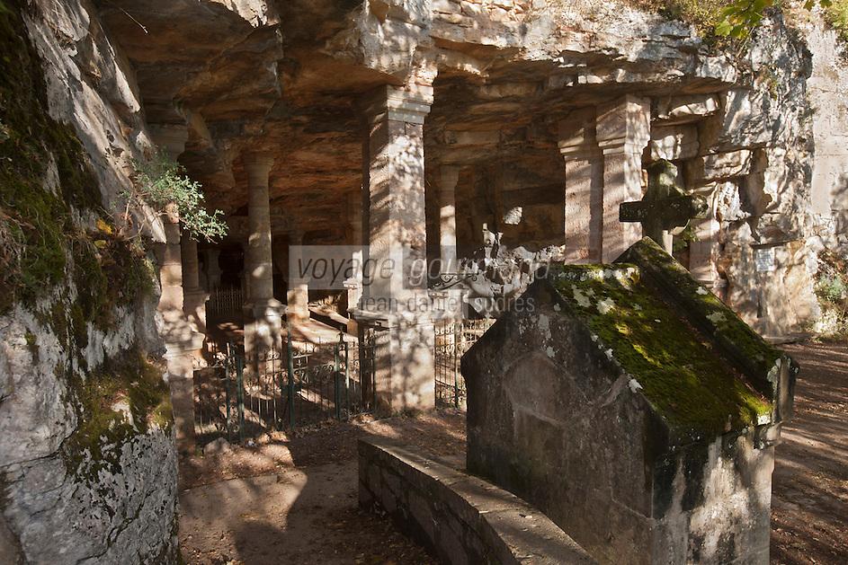 Europe/Europe/France/Midi-Pyrénées/46/Lot/Rocamadour: Chapelle troglodyte du chemin de croix de Rocamadour
