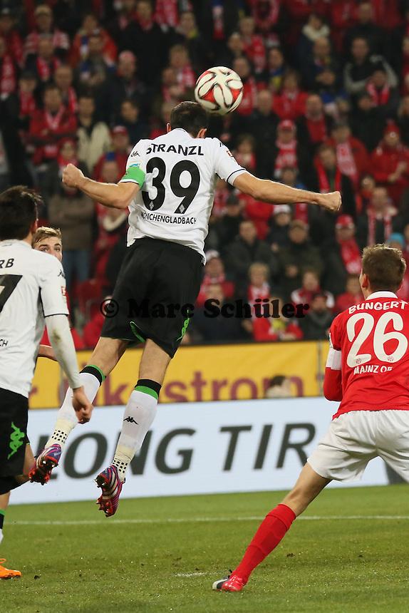 Kopfballabwehr Martin Stranzl (Borussia)  - 1. FSV Mainz 05 vs. Borussia Moenchengladbach, Coface Arena