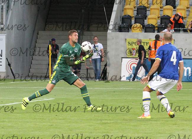 Martin Stekelenburg saves watched by Darron Gibson in the Dynamo Dresden v Everton match in the Bundeswehr Karriere Cup Dresden 2016 played at the DDV Stadion, Dresden on 29.7.16.