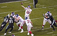 Pass von quarterback Eli Manning (10) of the New York Giants - 09.12.2019: Philadelphia Eagles vs. New York Giants, Monday Night Football, Lincoln Financial Field