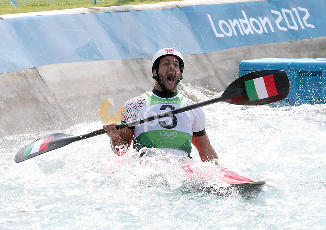 Aug. 2, 2012 - London, England, United Kingdom - DANIELE MOLMENTI, of Italy, celebrates winning a gold medal in the Men's Canoe Kayak K1 Slalom competition on his 28th birthday at the 2012 Olympic Games. (Credit Image: © Imago/ZUMAPRESS.com)