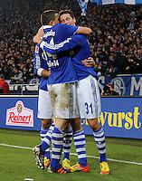 FUSSBALL   1. BUNDESLIGA   SAISON 2011/2012   18. SPIELTAG FC Schalke 04 - VfB Stuttgart            21.01.2012 Kyriakos Papadopoulos (li) und Julian Draxler (re, beide FC Schalke 04) jubeln nach dem 3:0