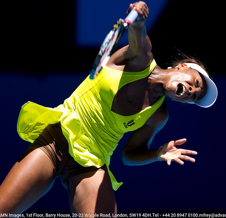 Venus Williams (USA) (6) against  Francesca Schiavone (ITA) (17) in the Fourth Round of the Womens Singles. Williams beat Schiavone 3-6 6-2 6-1..International Tennis - Australian Open Tennis - Monday 25 Jan 2010 - Melbourne Park - Melbourne - Australia ..© Frey - AMN Images, 1st Floor, Barry House, 20-22 Worple Road, London, SW19 4DH.Tel - +44 20 8947 0100.mfrey@advantagemedianet.com