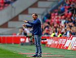 Nederland, Amsterdam, 13 september 2014<br /> Eredivisie<br /> Seizoen 2014-2015<br /> Ajax-Heracles<br /> Frank de Boer, trainer-coach van Ajax geeft aanwijzingen.