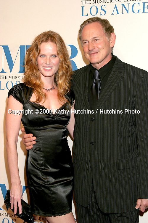Rebecca Mader & Victor Garber.Museum of TV & Radio Annual Gala IHO Les Moonves and Jerry Bruckheimer.Regent Beverly Wilshire Hotel.Beverly Hills, CA.October 30, 2006.©2006 Kathy Hutchins / Hutchins Photo....