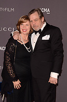 LOS ANGELES, CA - NOVEMBER 04: Marilou York, Mark Hamill at the 2017 LACMA Art + Film Gala Honoring Mark Bradford And George Lucas at LACMA on November 4, 2017 in Los Angeles, California. <br /> CAP/MPI/DE<br /> &copy;DE/MPI/Capital Pictures