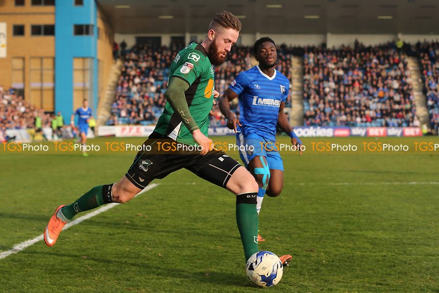 Kevin Van Veen of Scunthorpe United in action during Gillingham vs Scunthorpe United, Sky Bet EFL League 1 Football at the MEMS Priestfield Stadium on 11th March 2017