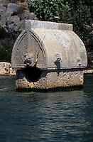 Europe/Turquie/Kalekoy : Sarcophage Lycien englouti