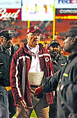 Washington Redskins head coach Marty Schottenheimer leaves the field following his team's 20 - 14 loss to the Dallas Cowboys at FedEx Field in Landover, Maryland on December 2, 2001.<br /> Credit: Ron Sachs / CNP