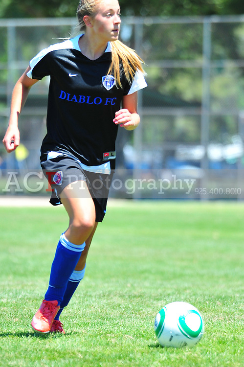 Linnea Wikander of DFC Force 94 Black  plays during the RAGE College Showcase 2010 in Pleasanton California July 25, 2010. (Photo by Alan Greth)