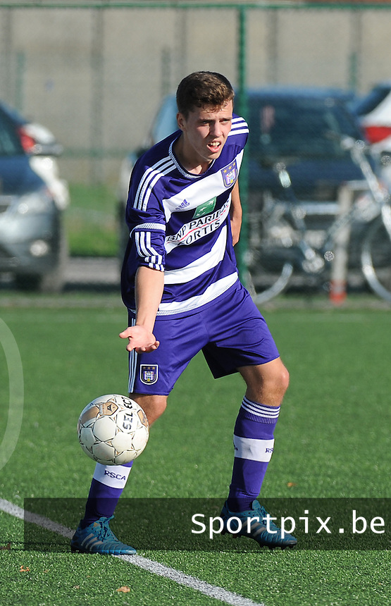 20151031 - KORTRIJK , BELGIUM : Anderlecht 's Bjorn Schoukens pictured during the Under 19 ELITE soccer match between KV Kortrijk and RSC Anderlecht U19 , on the thirteenth matchday in the -19 Elite competition. Saturday 31 October 2015. PHOTO DAVID CATRY