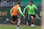 13.09.2017, Trainingsgelaende, Bremen, GER, 1.FBL, Training SV Werder Bremen<br /> <br /> im Bild<br /> Ludwig Augustinsson (Werder Bremen #5), Ishak Belfodil (Werder Bremen #29), <br /> <br /> Foto &copy; nordphoto / Ewert