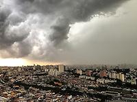 SAO PAULO, SP, 22.02.2017 - CLIMA-SP - Nuvens carregadas são vistas a partir do bairro do Ipiranga região sul de São Paulo nesta quarta-feira, 22 . (Foto: Nayanne Nesi/Brazil Photo Press)