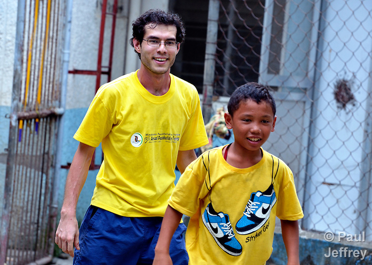 Clifford Pauley is a United Methodist mission intern serving with the Mindanao Peacebuilding Institute in Davao, Philippines. He also works with street children at the Maayong Pag-abot Center..