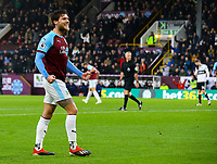 Burnley's Jeff Hendrick celebrates scoring his side's equalising goal to make the score 1-1<br /> <br /> Photographer Alex Dodd/CameraSport<br /> <br /> The Premier League - Burnley v Fulham - Saturday 12th January 2019 - Turf Moor - Burnley<br /> <br /> World Copyright © 2019 CameraSport. All rights reserved. 43 Linden Ave. Countesthorpe. Leicester. England. LE8 5PG - Tel: +44 (0) 116 277 4147 - admin@camerasport.com - www.camerasport.com