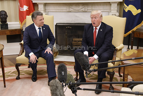 United States President Donald J. Trump meets with President Juan Manuel Santos of Colombia in the Oval Office of  the White House, on May 18, 2017 in Washington, DC.<br /> Credit: Olivier Douliery / Pool via CNP/MediaPunch