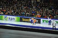 SCHAATSEN: HEERENVEEN: 27-12-2013, IJsstadion Thialf, KNSB Kwalificatie Toernooi (KKT), 3000m, Erik Bouwman (trainer/coach Jong Oranje), Antoinette de Jong, Jeroen van der Lee (assistent trainer/coach), ©foto Martin de Jong