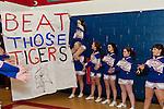 12 MRHS Basketball Girls 03 Newport