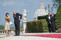 Roma, 21 Settembre, 2012. Mario Monti in attesa di incontrare mariano Rajoy a Villa Panphili.