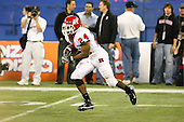 January 5th, 2008:  Rutgers Mason Robinson (24) returns a kick during the second quarter of the International Bowl at the Rogers Centre in Toronto, Ontario Canada...Rutgers defeated Ball State 52-30.  ..Photo By:  Mike Janes Photography