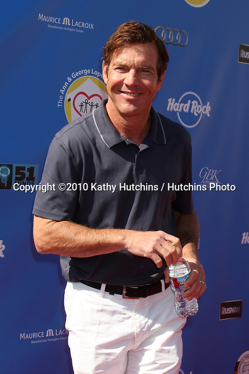 Dennis Quaid.arrives at  the George Lopez Golf Tournament .Lakeside Golf Club.Toluca Lake, CA.May 3, 2010.©2010 Kathy Hutchins / Hutchins Photo...