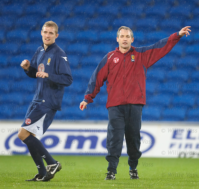 George Burley and Darren Fletcher on the training field