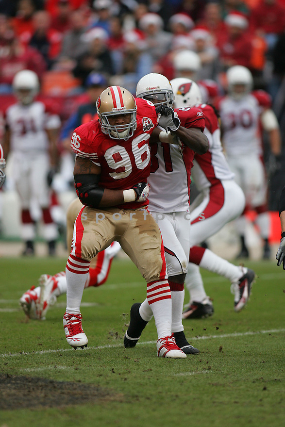 MELVIN OLIVER, of the San Francisco 49ers during their game  against the  Arizona Cardinals on December 24, 2006 in San Francisco, CA...Cardinals win 26-20....ROB HOLT/ SPORTPICS