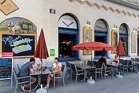 Restaurant + Beisl Centimeter II stftsgasse 4 im Szeneviertel Quartier Spittelberg, Wien, Österreich, UNESCO-Weltkulturerbe<br /> Restaurant at Quarter Spittelberg, Vienna, Austria, world heritage