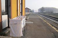 - Brescello (Reggio Emilia), stazione delle Ferrovie Emilia Romagna<br /> <br /> - Brescello (Reggio Emilia),  train station of Emilia Romagna Railways
